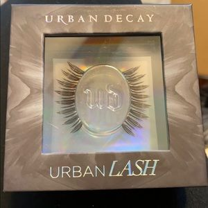 Urban Decay Lashes- Boheme